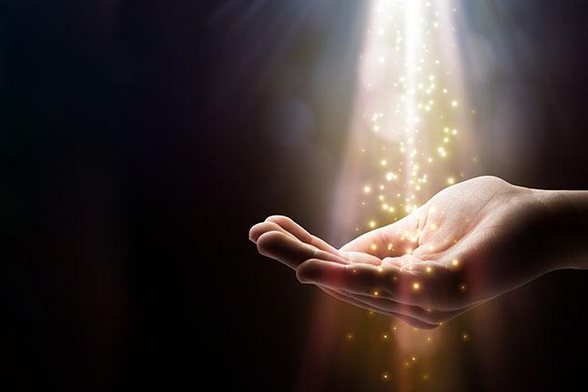pranic-healing-and-reiki-copia